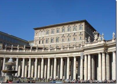 bernini collonade st peters church Vatican Italy