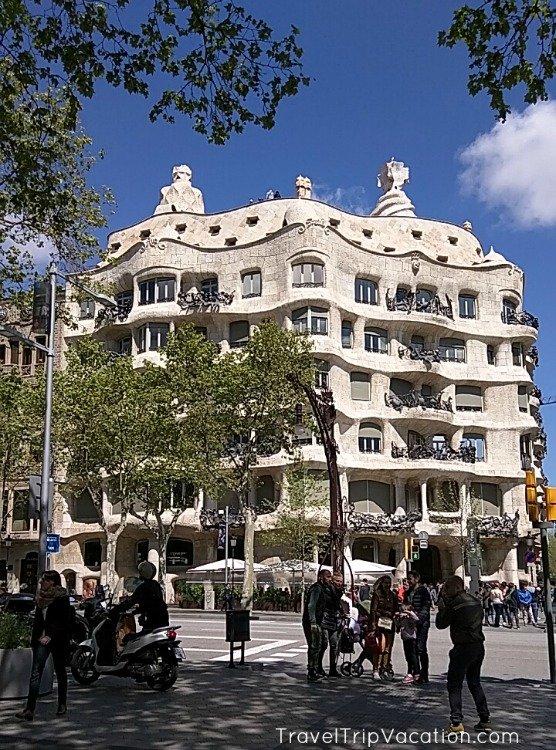 barcelona_gaudi_pedrera
