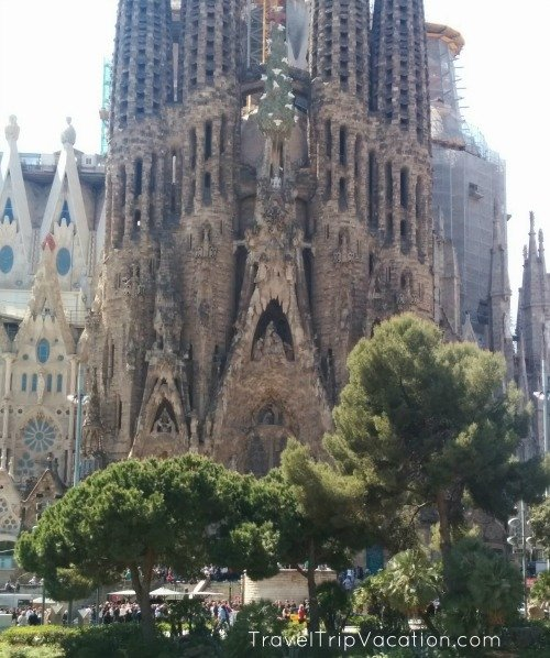 barcelona_landmarks_sagrada_familia